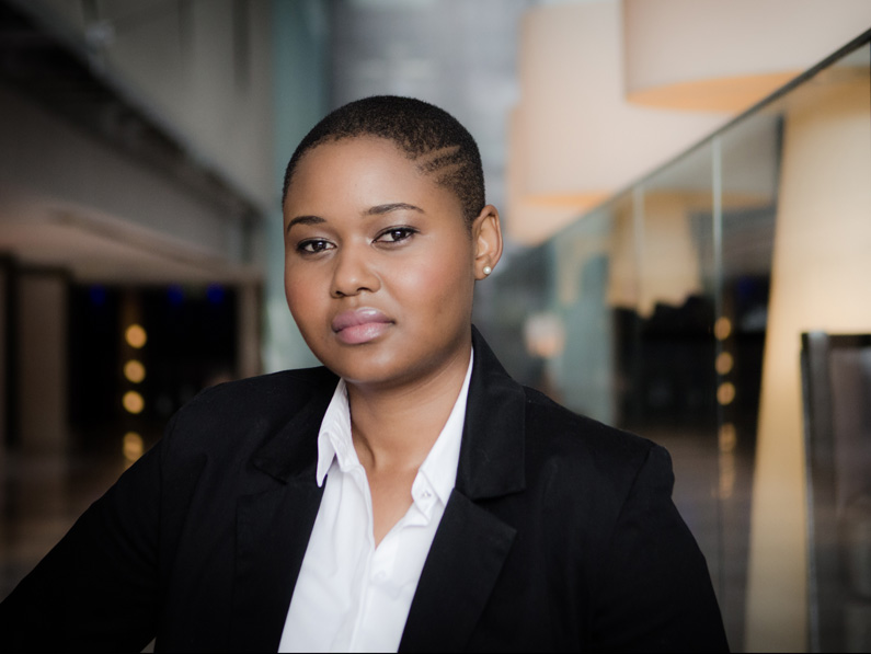 Warren Williams Photography best corporate headshots photographer Cape Town Through the lens